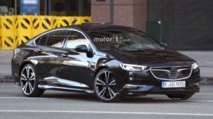 2017-opel-insignia-grand-sport-spy-photo2