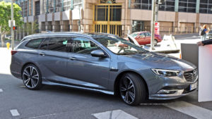 2017-opel-insignia-sports-tourer-spy-photo13